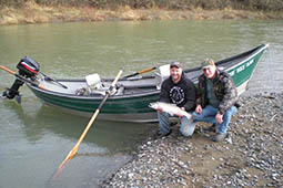 drift-boat-oregon-steelhead-fishing