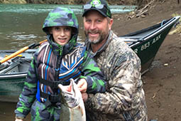 scott-and-willie-steelhead-fishing-oregon